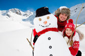 Snow, sun and winter fun — Stock Photo