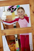 Winter holidays, ski holidays - child in a room apartment — Stock Photo