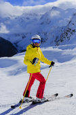 Ski, skier, sun and winter fun - woman enjoying ski vacation — Foto Stock