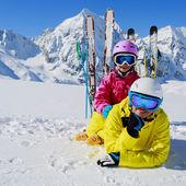 Skiing, winter, snow, sun and fun - family enjoying winter — Stock Photo