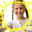 Happy summer, lovely child - Cute girl painting sun — Stock Photo