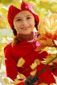 Autumn - lovely girl enjoying autumn — Stock Photo