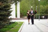 Spotkanie w parku — Zdjęcie stockowe