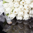 White wedding bouquet on a black background — Stock Photo #26932991