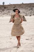 Woman in desert — Stock Photo