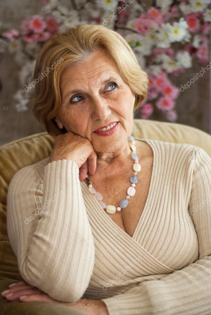 зрелые женщиныи фото