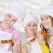 girls preparing dinner — Stock Photo