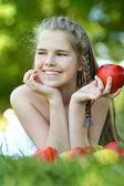 Chica con manzanas — Foto de Stock