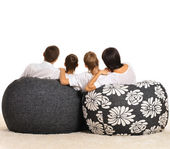 Family watching tv — Stock Photo