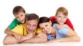 Família inteligente em t-shirts brilhantes — Foto Stock