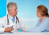 Patient and her fine doctor — Stock Photo