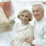 Beautiful elderly couple — Stock Photo #33357031