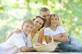 Familie van vier — Stockfoto
