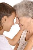 šťastný chlapec s babičkou — Stock fotografie