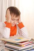 書籍の少年 — ストック写真