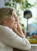 Güzel yaşlı kadın — Stok fotoğraf
