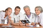 Lekarze dyskusja — Zdjęcie stockowe