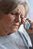 Portrait of an old woman crying — Stock Photo