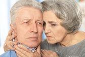 生病的年长夫妇 — 图库照片