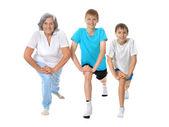 Mormor tränar med barn — Stockfoto