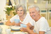 Elderly couple on date — Stock Photo