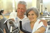 Senior Couple Exercising In gym — Stock Photo
