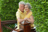 Senior couple at tropic hotel resort — 图库照片