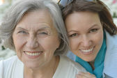 Senior mother and daughter outdoor — Stock Photo