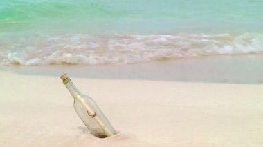 Message In A Bottle on a Tropical Beach — Stock Video