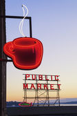 Public Market Sign — Stock Photo