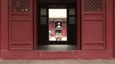 Incense Burner through Doorway — Stock Video