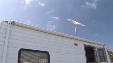 T.V. antenna of camper trailer — Stock Video