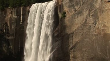 Vernal Falls, Yosemite National Park — Stock Video