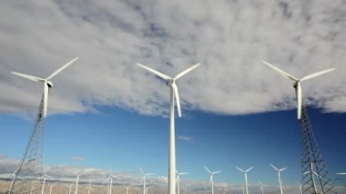 Wind Turbine — Stock Video