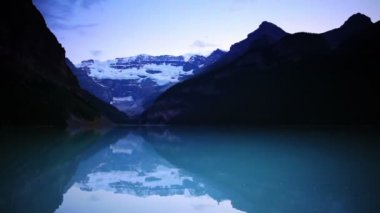 Lake Louise Sunset — Stock Video