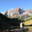 Photographing the Maroon Bells in Fall — Stock Video