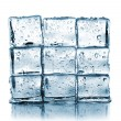 Wall made ​​of ice cubes — 图库照片