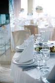Plaats instellingen op bruiloft — Stockfoto