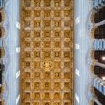 Interior of Pisa Duomo — Stock Photo