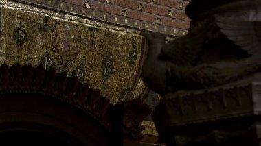 Religieuze mozaïek van een gebed — Stockvideo