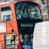 London Bus going to Oxford Circus — Stock Photo