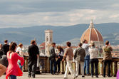 Tourists in Florence, Piazzale Michelangelo — Stock Photo