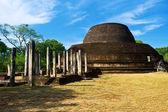 Pabulu Vihara stupa in Polonnaruwa, Sri Lanka — Stock Photo