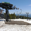 Mechanical skii lifts idle at Mt. Hood - Stockfoto