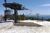 Mechanical skii lifts idle at Mt. Hood — Stock Photo