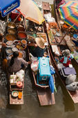 Ampawa Floating Market — Stock Photo