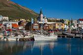 Der kleine hafen von husavik in island — Stockfoto