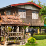 Thai Village House — Stock Photo #16223349