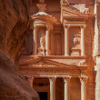 The treasury in Petra — Stock Photo #34768487