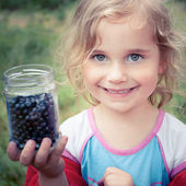 Go blueberry picking — Stock Photo